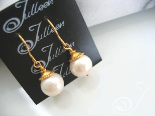 Alice Earrings E047-81