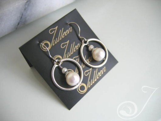 Brittany Drop Earrings E086