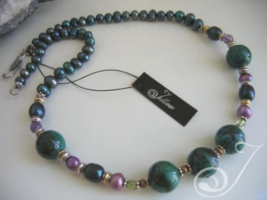 Claudia Necklace VO410