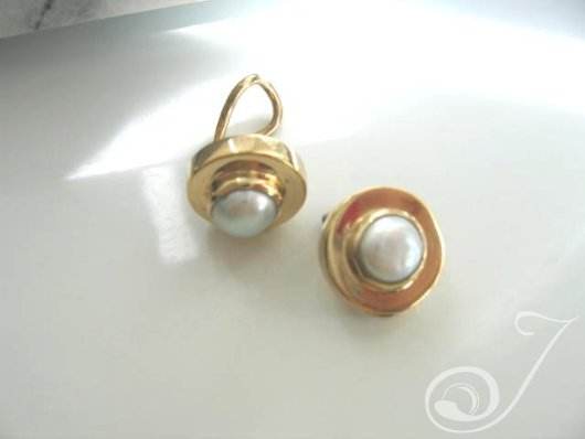 Clip On Barbara Earrings E070-05