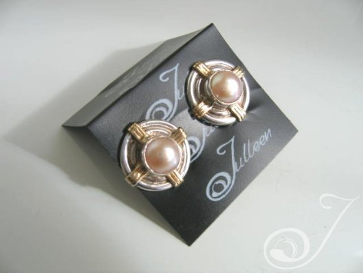 Clip On Nadja Pink Earrings E210C-02