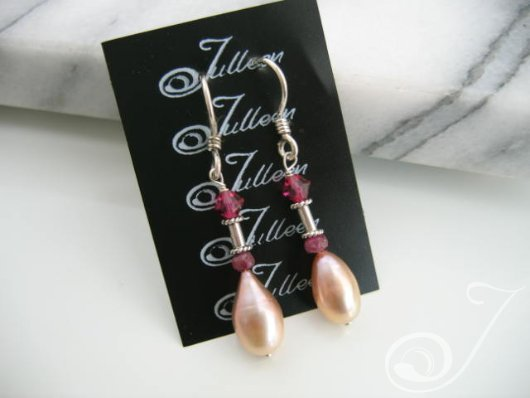 Deidre Pearl Cluster Earrings E037-26