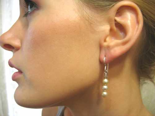 Champagne Pearl Earring