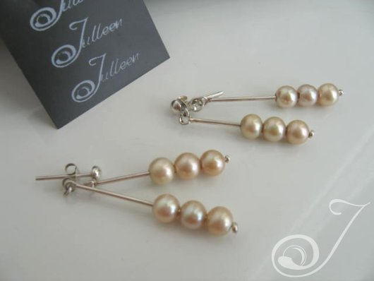 Ellie Pearl Cluster Earrings-EB001-01