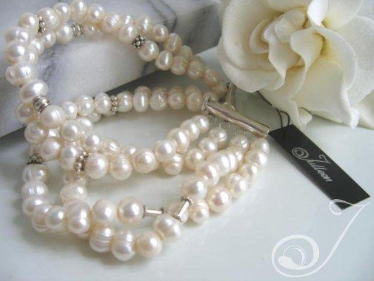 Gardenia White Pearl Cuff Bracelet BR006