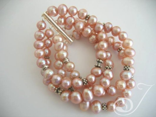 Heavenly Pink Pearl Cuff Bracelet BR005
