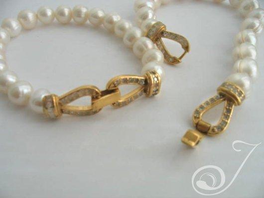 Hepburn Classic White Bracelet PB001