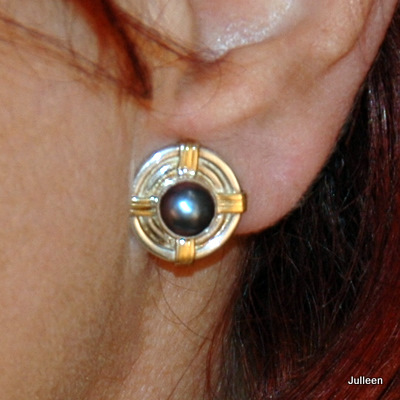 Pearl Earring Clip On Gold