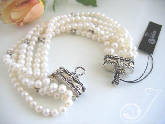 Kelly White Pearl Bracelet VO050A_B