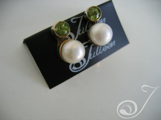 Laura Peridot Earrings E022-05