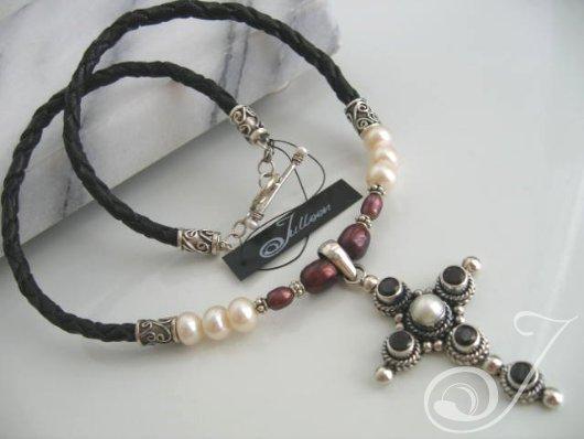 Mary Tudor Necklace PCD001-01