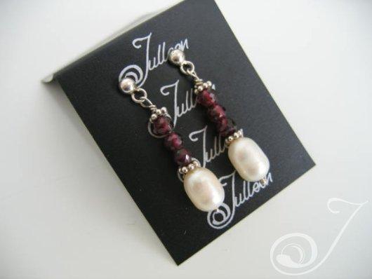 Tammy Bridal Garnets Drop Earrings E026-14B