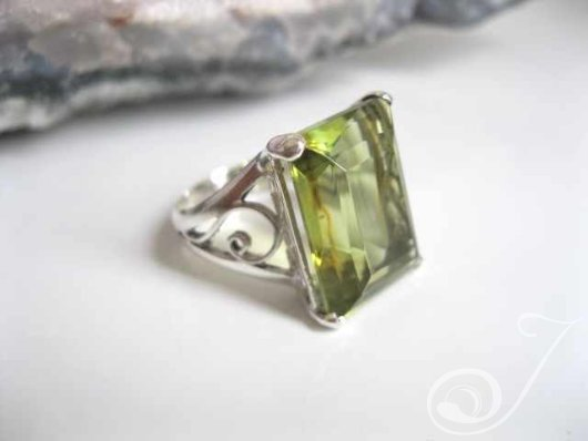 Ms Duboir Gemstone Ring RSR001