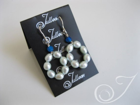 Kiki Pearl Cluster Earrings e039.12