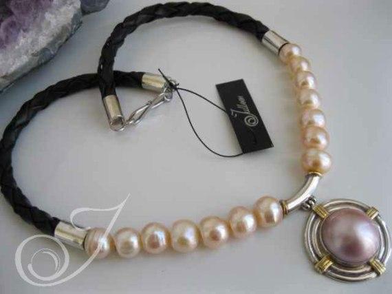 Nadja Rose on Leather Necklace LB2100-04