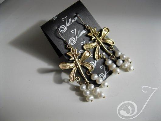 Frescia Fantasy Cluster Pearl Earrings E100