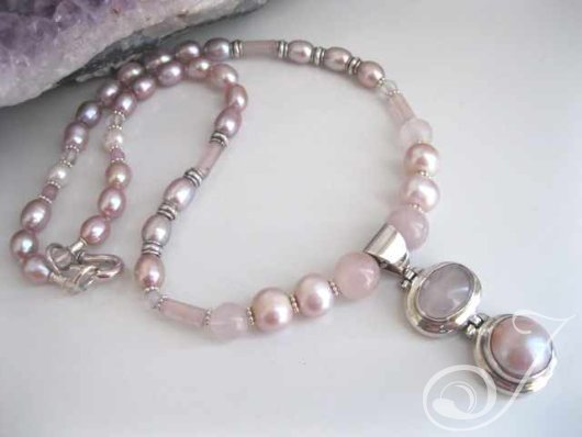 Rose Quartz Pink Pearls Pendant Necklace PJ302