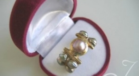 Pink Cluster Thumb Ring